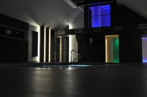 Inteligentny dom - sceny świetlne- basen
